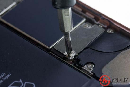 苹果手机换电池的步骤-手机回收网